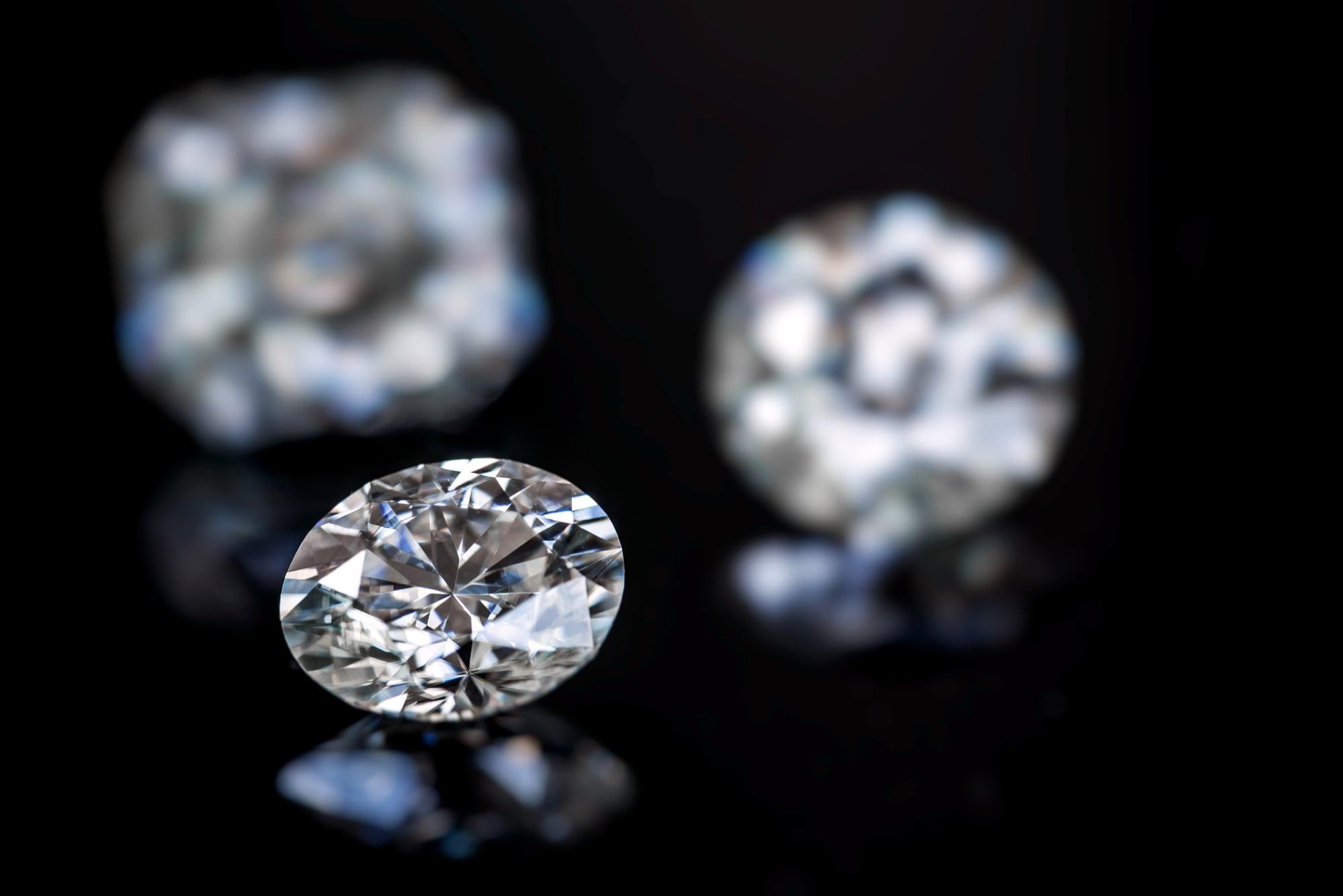 1 carat oval cut diamond ring
